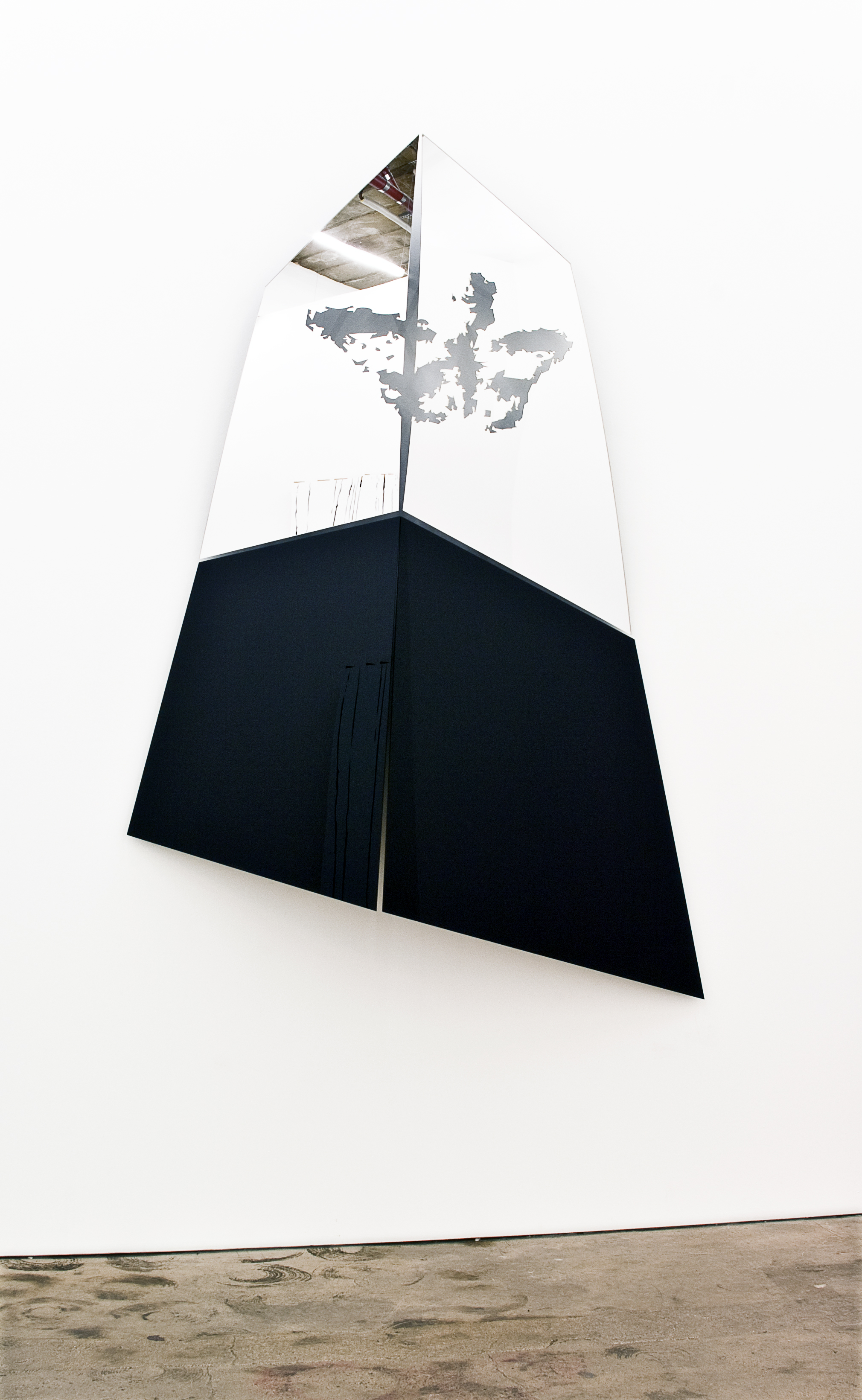 Rave - Installation: black acrylic glass,  mirror acrylic glass, laser cuts