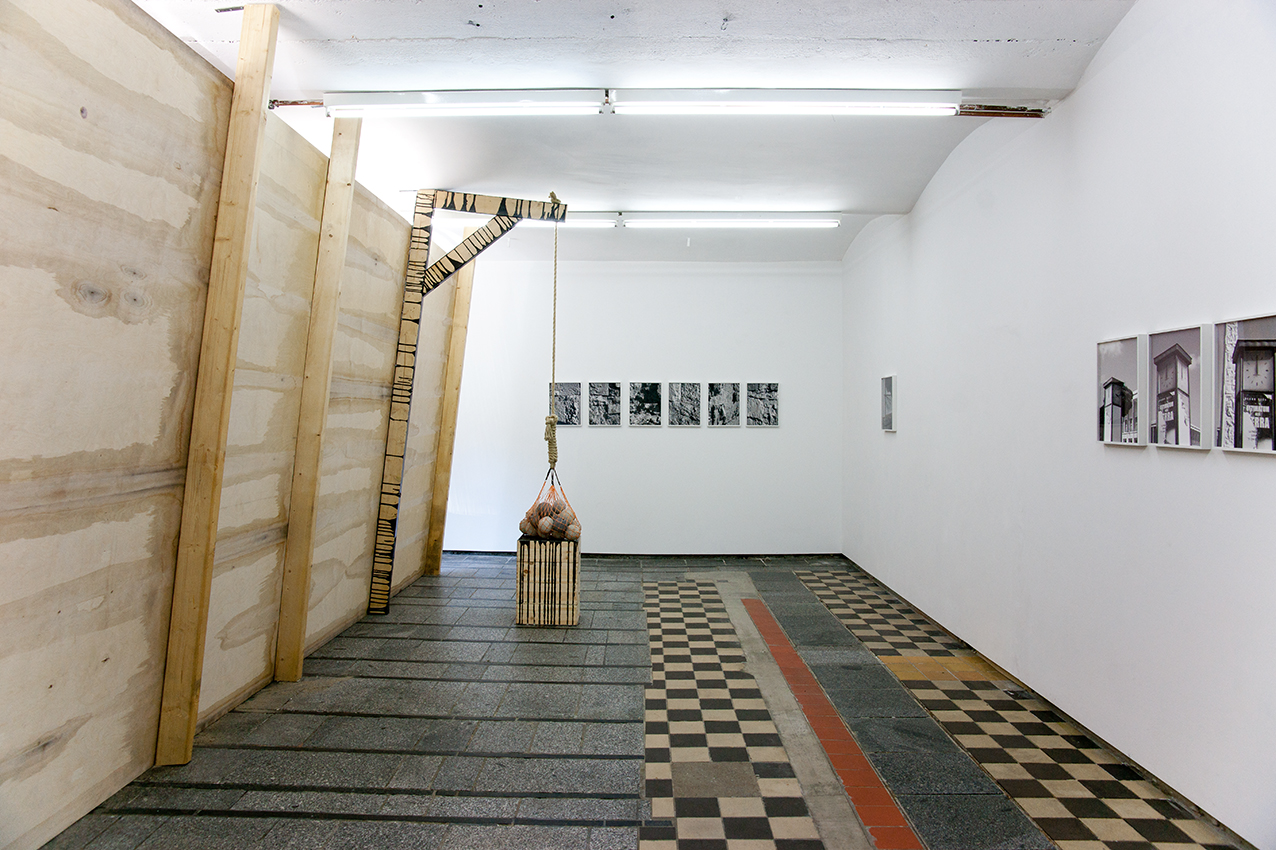 Jaffa: Installation view at After the butcher Berlin, 2014 (inside view); images at the wall by Heidi Specker